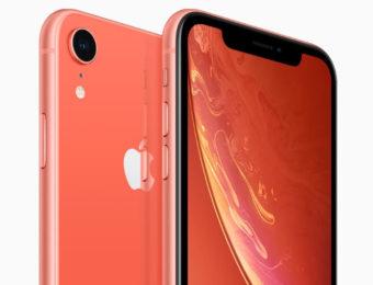 iPhone XR finns i flera färger - här korall.